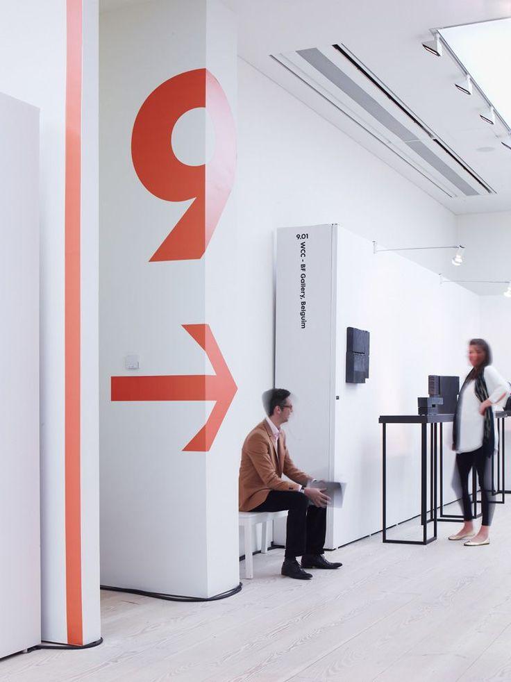 Inspiración para un diseño de oficina o retail