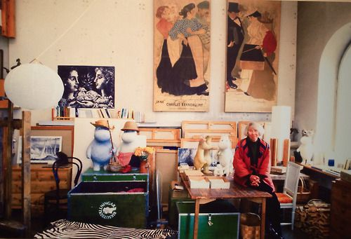 Tove Jansson in her home