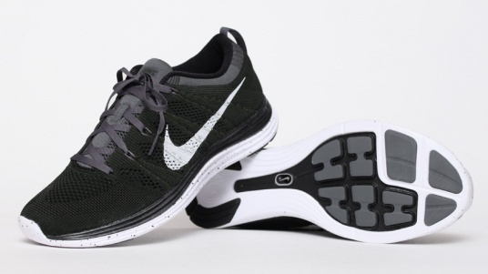 Nike Lunar Flyknit Black