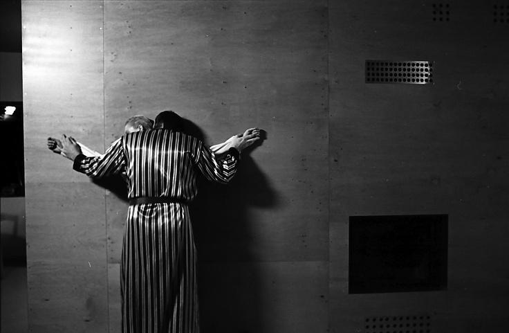 A thin white line / Lech Majewski