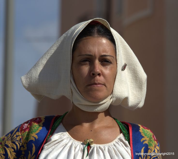 Del costume femminile di Meana Sardo, Sardinia. Italy
