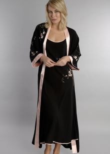 Romantic Splendor crepe robe  http://www.comparestoreprices.co.uk/lingerie-and-nightwear/oscar-de-la-renta-pink-label-romantic-splendor-crepe-robe.asp
