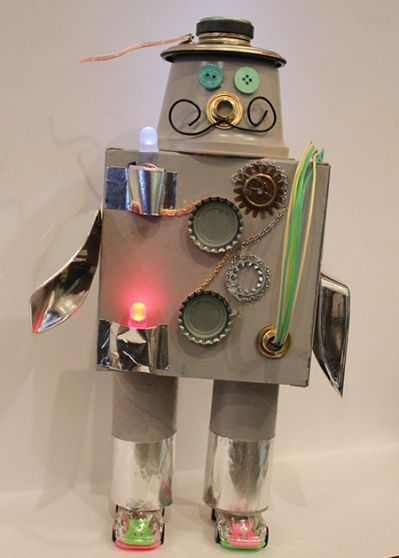 how to make a robot out of recycled plastic bottles