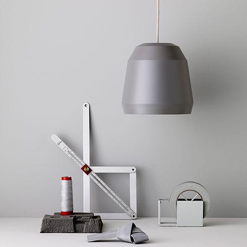 Lightyears---Mingus. moffice.dk. #design #belysning #kontor #pendel #indretning #lampe #grå