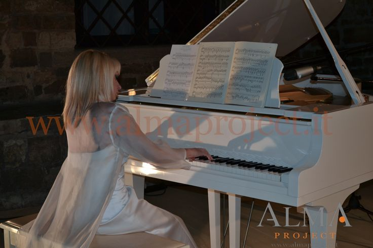 ALMA PROJECT - White piano @ Vincigliata 677 PB