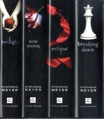 Twilight 4 Book Set - Twilight, New Moon, Eclipse & Breaking Dawn