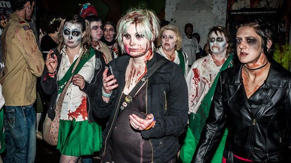 Zombie Pub Crawl (Minneapolis-St. Paul) #TravelsBest