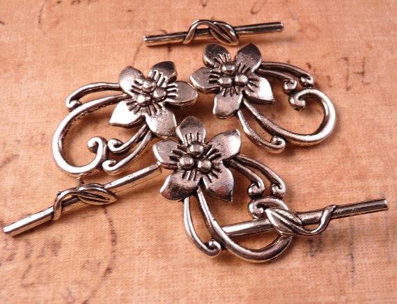silver toggle clasp flower toggle clasp silver di 300