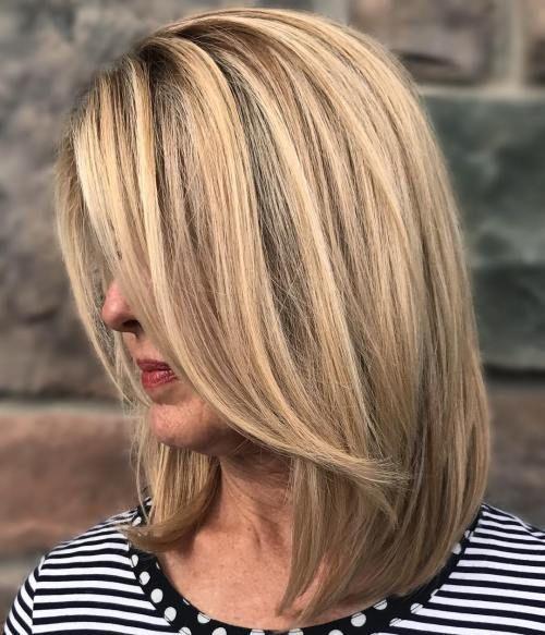 Capelli more than 50, come mantenerli giovani a lungo ,    Purtroppo per tutte le nostre lettrici, anche i capelli sentono e soffrono lo scorrere del tempo, ed è d'altronde sufficiente guardarsi int...