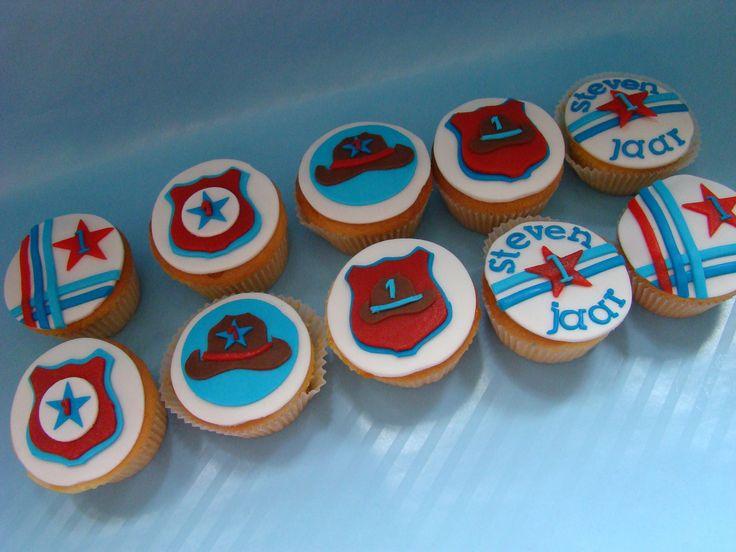 Bijpassende cupcakes voor Stevens 1e verjaardag