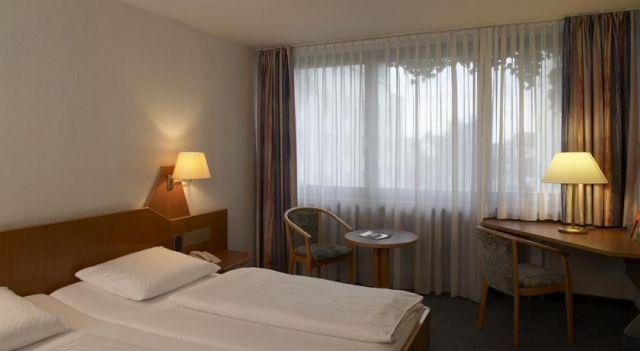 Quality Hotel Schwanen Stuttgart Airport/Messe - 3 Star #Hotel - $130 - #Hotels #Germany #Filderstadt http://www.justigo.co.nz/hotels/germany/filderstadt/quality-schwanen-stuttgart-airport_200130.html