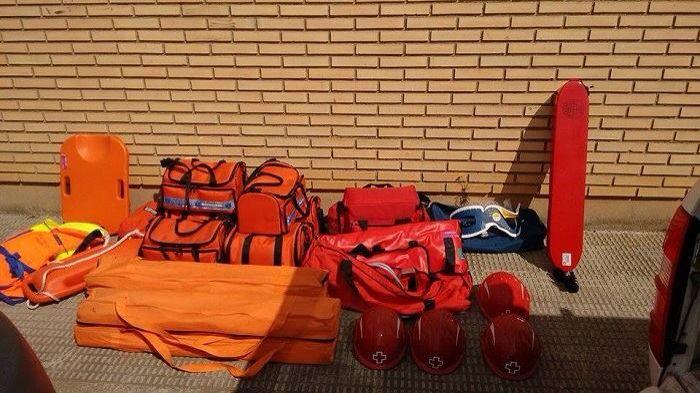 FOTOGRAFÍA CON TU UNIDAD, EQUIPO DESDE ZARAGOZA  Nuestro compañero @Sergio Marco Valenzuela, nos muestra hoy las últimas imágenes de las unidades de Cruz Roja en la localidad de Alagón, en...  http://www.ambulanciasyemergencias.co.vu/2015/11/equipo_4.html #ambulancias #emergencias #tes #tts #svb #sva #CruzRoja #Aragón
