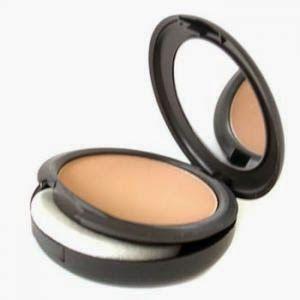 Maquillate como una profesional: ¿Cómo organizar el kit básico de maquillaje?