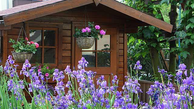 Braucht Mein Gartenhaus Eine Genehmigung Gartenhaus Betongarten Anbau