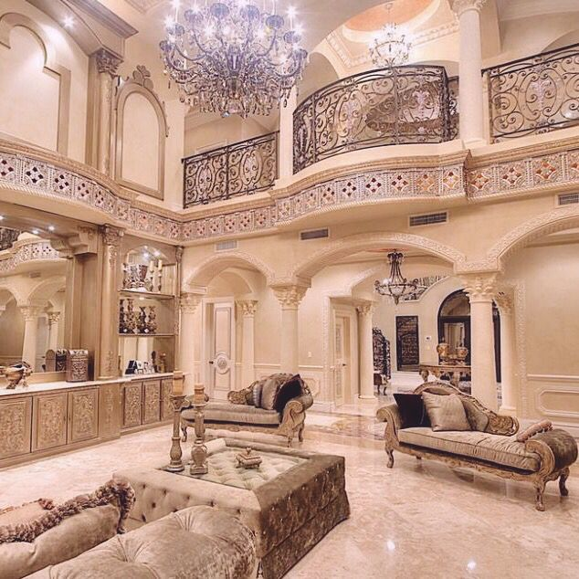 Top 25 best inside mansions ideas on pinterest big for Amazing mansions inside