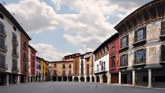 Plaza Mayor de Graus - Huesca, Aragón (Spain)