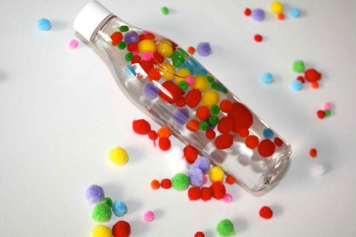 Entdeckerflaschen Babyspielzeug selber machen Sensory Bottles Mimimia diy blog