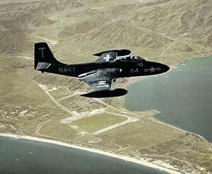F-2H バンシー