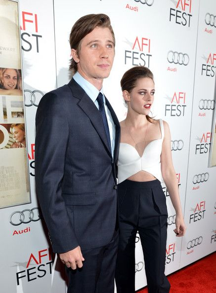 Kristen Stewart and Garrett Hedlund: What Do Their Parents Think of Racy 'On the Road' Scenes? on Cambio