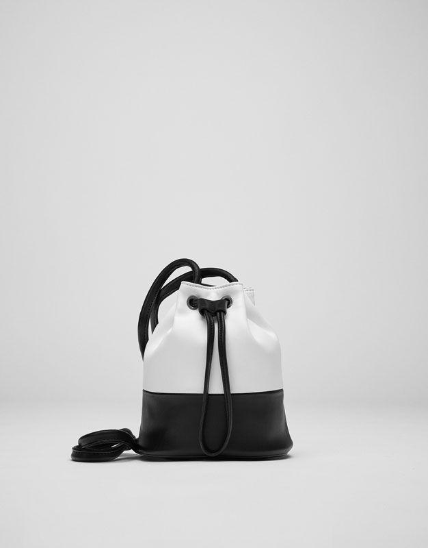 :White two-tone bucket bag