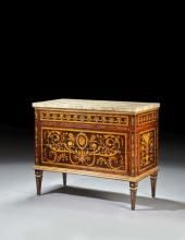 NEOCLASSICAL STYLE CHEST In the style of Giuseppe Maggiolini