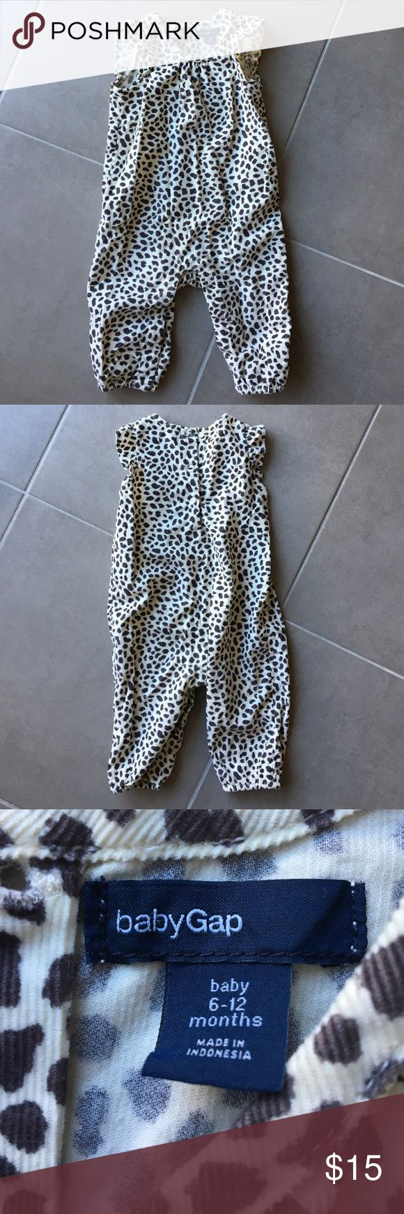 BabyGap animal print jumpsuit Corduroy animal print with ruffle sleeves. Snap enclosure with buttons on back. Excellent condition. babyGap Bottoms Jumpsuits & Rompers