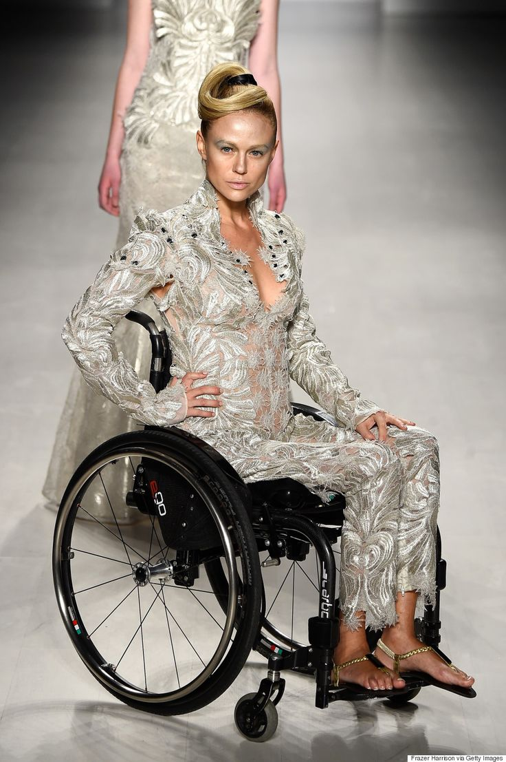 Disabili in passerella a model walks the runway at the ftl moda fashion show during mercedes benz fashion week fall 2015 at the salon at lincoln center on
