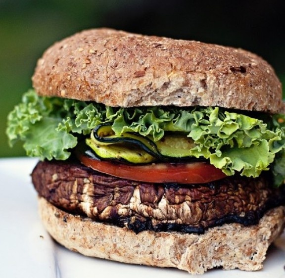 Delightful Portabella Mushroom Burger. | Food | Pinterest