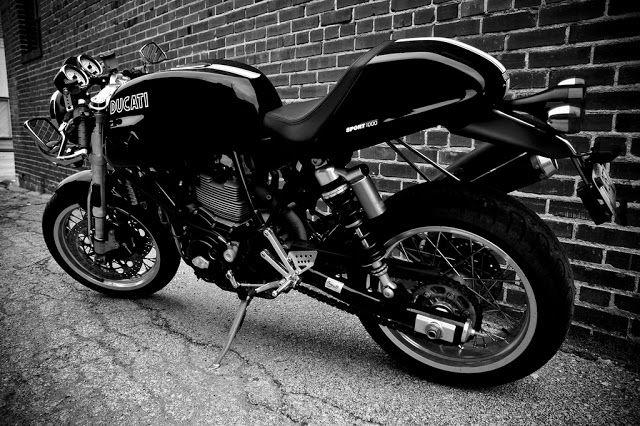 Ruote Rugginose: Desmo Mania : Ducati Cafè Racer e non....