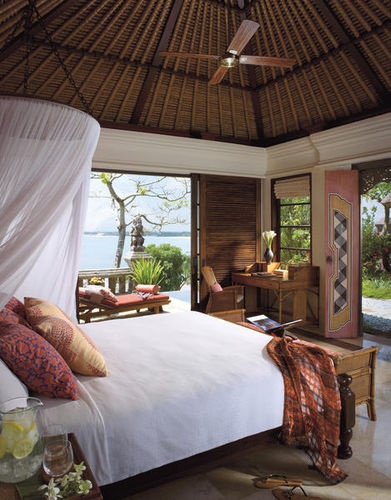This looks very much like one of the Four Seasons villas in Jimbaran, Bali
