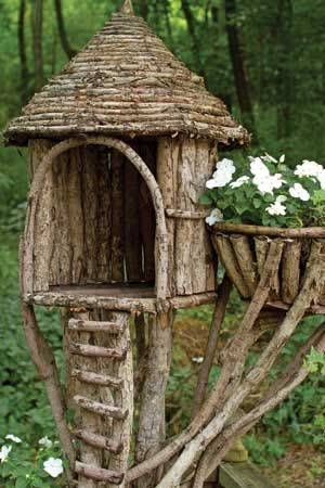 Natural planters give your garden a whimsical element! Hmmmm.... the cat would love this, high up in the tree as a lookout post.