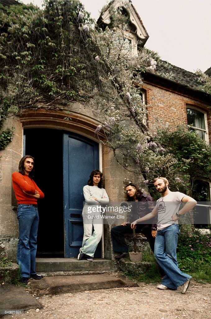 Photo of GENESIS and Mike RUTHERFORD and Phil COLLINS and Peter GABRIEL and Tony BANKS; L-R: Mike Rutherford, Tony Banks, Peter Gabriel, Phil Collins - posed, group shot