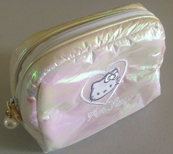 1990s Hello Kitty puffy pastel hologram make up by ironlacevintage