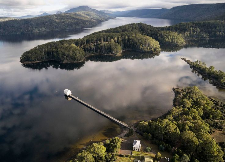 Tasmania is having a moment as Australia's latest must-see spot, so we've curated an easy weekend itinerary for design and food enthusiasts alike.