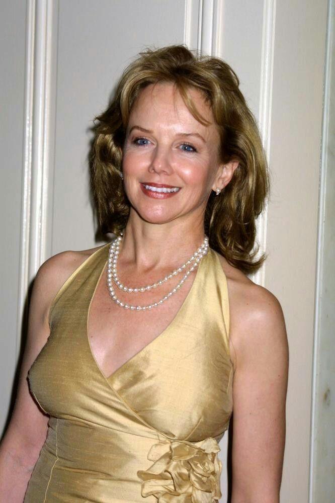 Actress Linda Purl