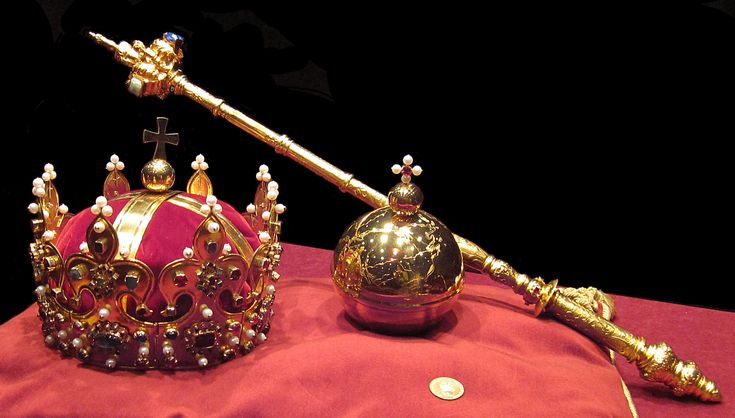 .. Kraków. Most of the Crown Jewels were plundered by retreating Prussian troops from Kraków in 1794.