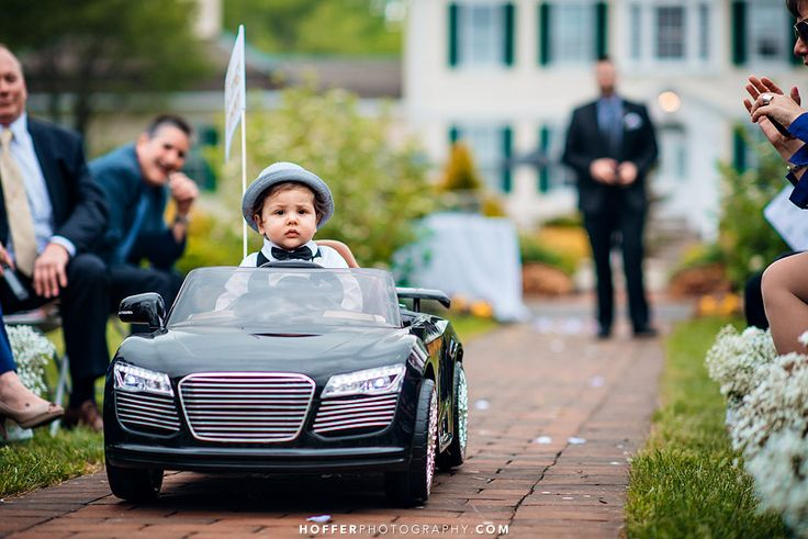 Cutest idea ever — let your ring bearer drive down the aisle!