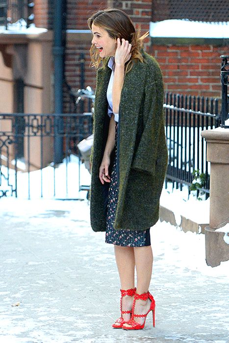 Keri Russell Navigates the Blizzard in Red Stiletto High Heels: GIF - Us Weekly