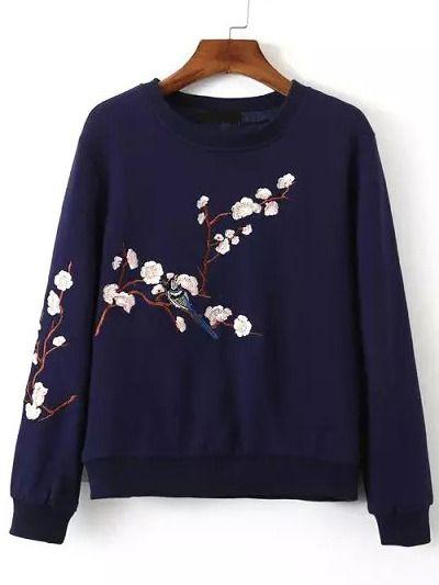 Sweat-shirt+brodé+fleuri+col+rond+-bleu+marine+26.60