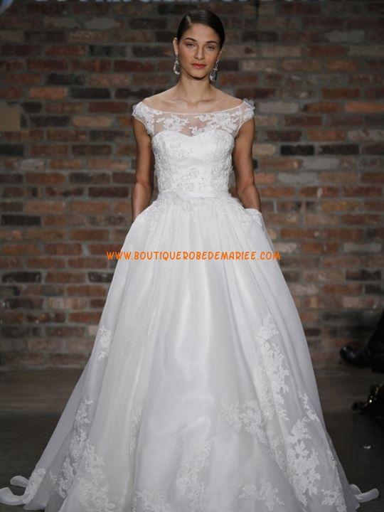 Robe de mariée 2011 col bateau organza applique