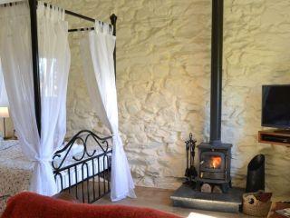 Bed and lounge log burner