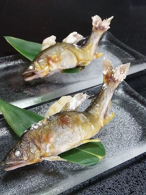 Grilled Sweetfish 鮎の塩焼き