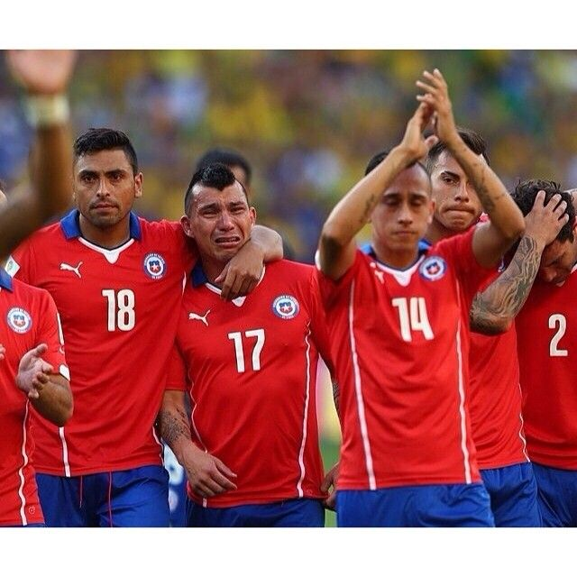 Top notch performance by Chile in one of the greatest matches of World Cup 2014. Only one team can advance. Brazil wins in dramatic penalty shoot-out.  Photo taken by @bestoffootball on Instagram, pinned via the InstaPin iOS App! (06/28/2014)