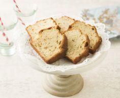 Liefhebber van gember? Dan is dit recept iets voor jou! Cake met peer en gembersaus.