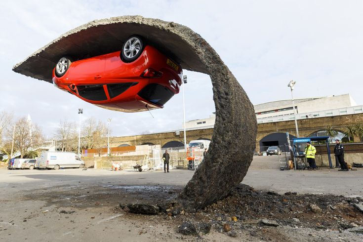New Alex Chinneck's installation for Vauxhall Motors unveiled at Southbank Centre