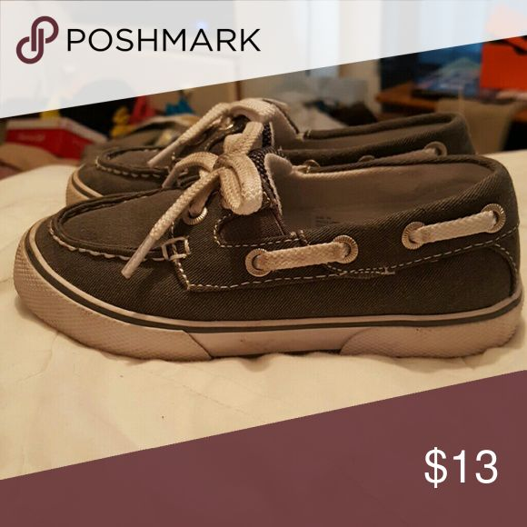 Toddler boat shoes Gray boat shoes. Cherokee brand from Target. Only worn a few times. Size 10 Cherokee Shoes
