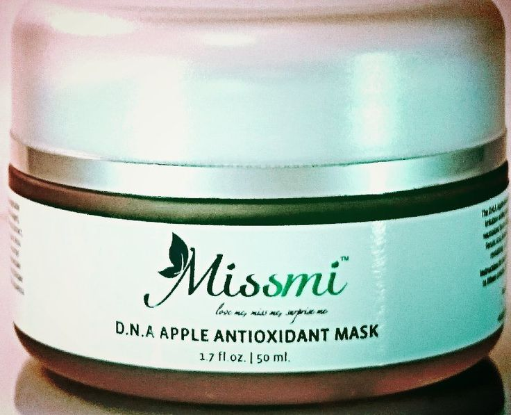 The D.N.A. Apple Antioxidant Mask is the vegan based equilibrium restoring mask that calms irritation while protecting skin cells from premature oxidation.  Visible signs of aging are neutralized by an indulgent blend of yeast derived DNA/RNA complex, org
