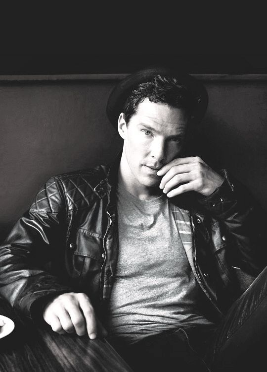 Black & White - Benedict Cumberbatch for Vogue (Dec issue with Amy Adams on the cover). Benedict wears a Belstaff jacket, Calvin Klein tshirt, Moschino jeans and an Agnes B Hat.