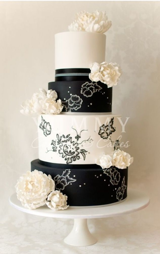 square black and white wedding cakes pictures%0A Black and White Wedding Cakes Pictures as an Inspirational Source