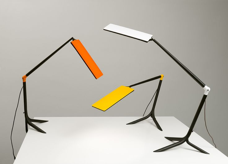 The new HALLA #OLED table #lamp FLOU. Designed by Martina Doležalová.  www.halla.eu/flou